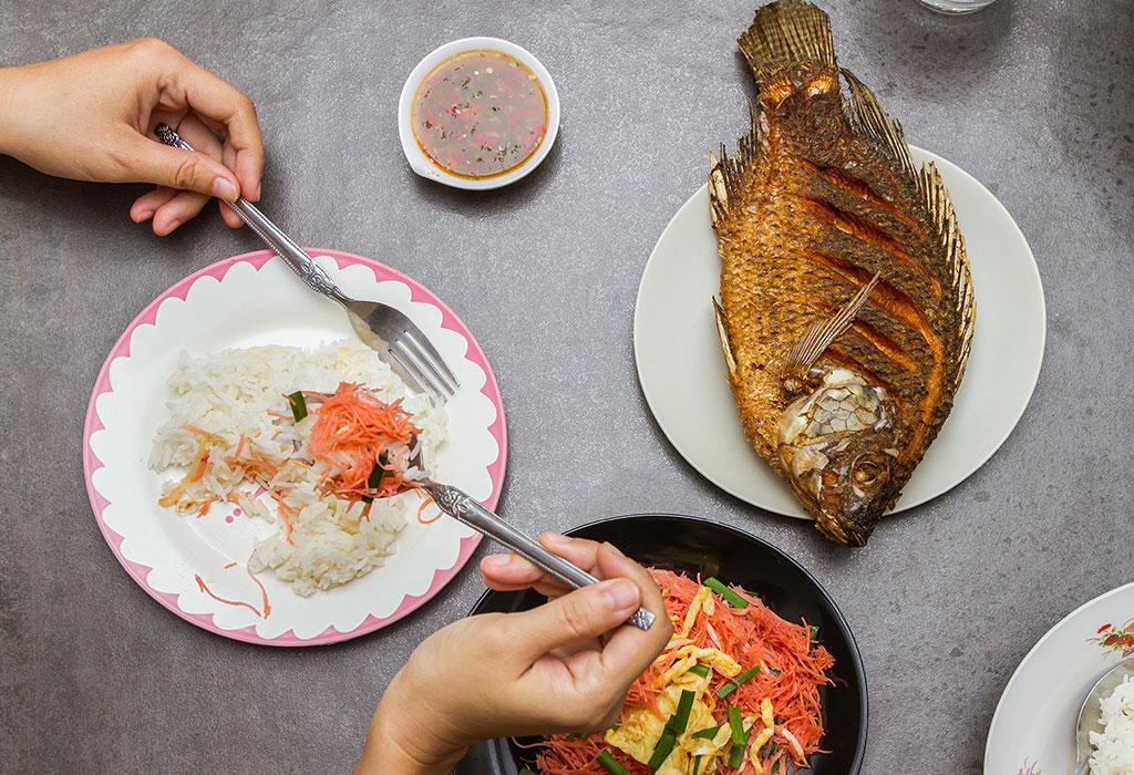 تناول السمك أثناء الحمل