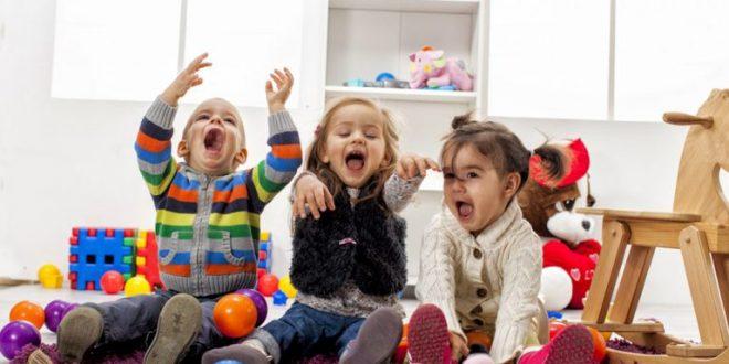 أفضل 40 لعبة داخلية ممتعة للأطفال