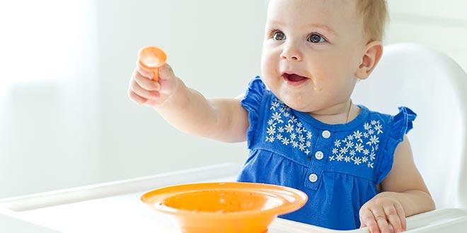 أفكار لوجبات صحية لطفلك بعمر 8 أشهر