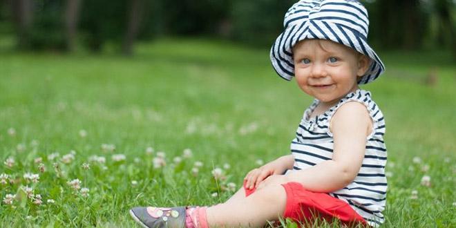 نمو الطفل الرضيع بعمر 14 أشهر- نمو الطفل وتطوره ومؤشرات نموه وأنشطته