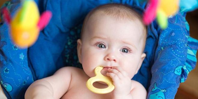 العلاجات الطبيعية والآمنة والفعالة لتسنين الرضع