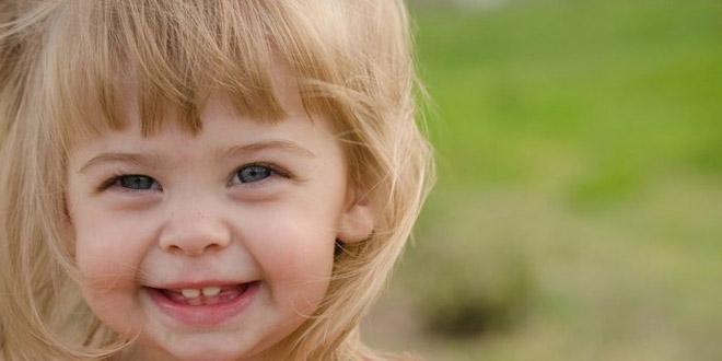 نمو الطفل الرضيع بعمر 23 شهر: نمو الطفل وتطوره وتغذيته وأنشطته