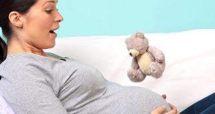 فواق الطفل في الرحم: الأسباب وماذا تتوقعين