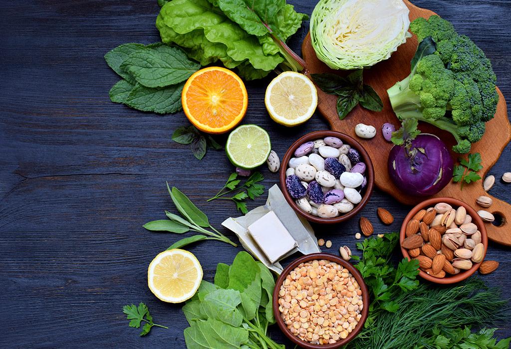 الأطعمة الغنية بحمض الفوليك لتناوله أثناء الحمل