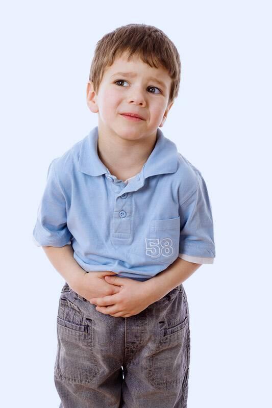 هل من الطبيعي أن يصاب الطفل بغازات معوية