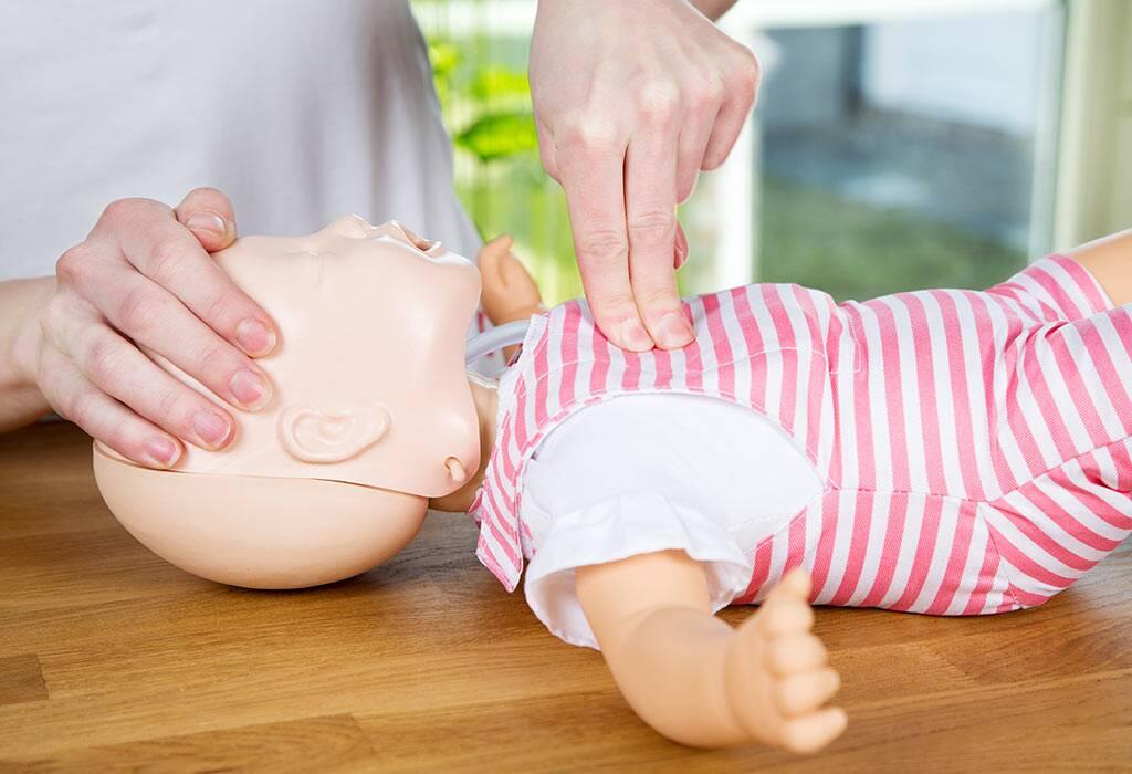 كيفية إجراء الإنعاش القلبي الرئوي لطفل غريق؟