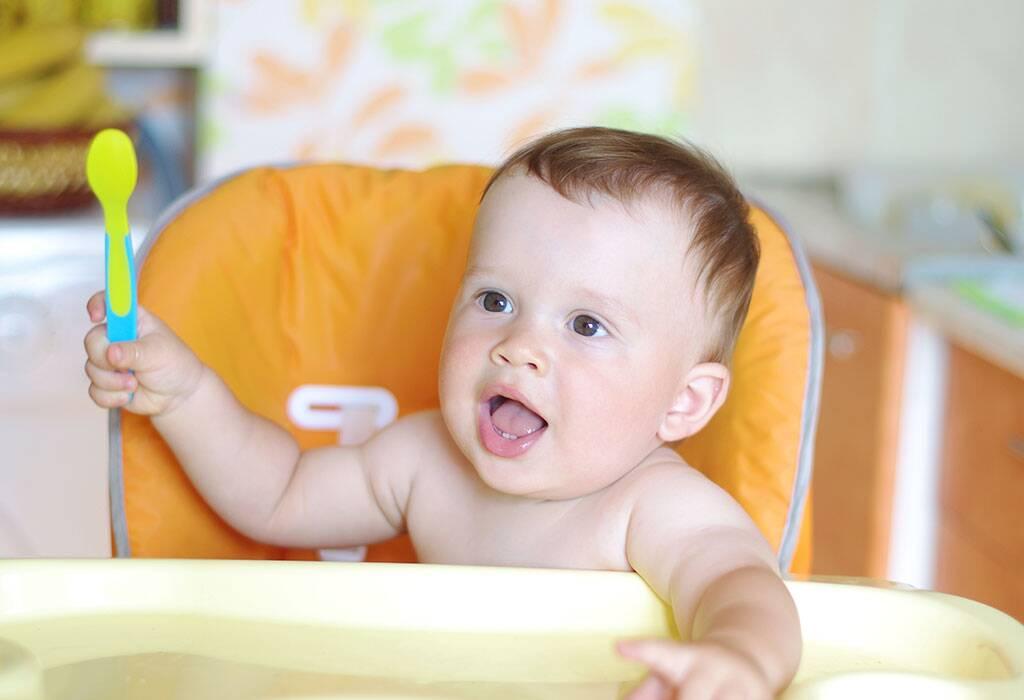 رعاية الطفل بعمر 10 أشهر