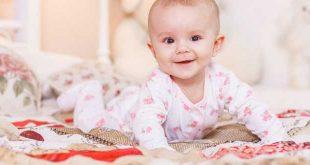 نمو طفلك البالغ من العمر 7 أشهر وتطوره