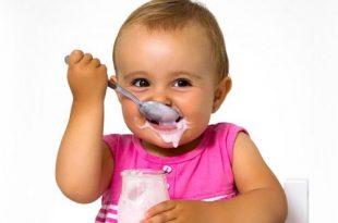 إعطاء الزبادي (الروب) للأطفال الرضع