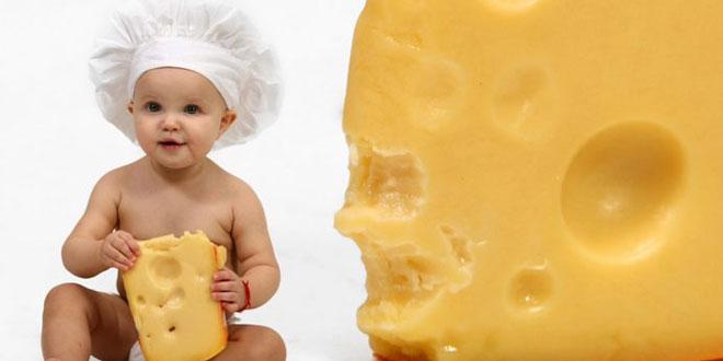 تقديم الجبن للأطفال