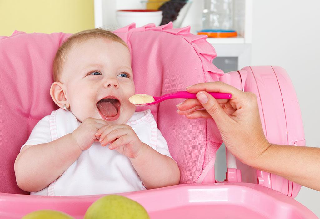 كيف يمكنك تقديم الموز للأطفال الرضع؟