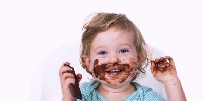 هل الشوكولاتة آمنة للأطفال؟