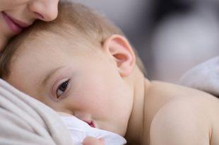 الرضاعة الطبيعية لحديثي الولادة حسب العمر