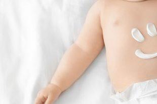 دليلك الكامل عن العناية بجلد الطفل وبشرته