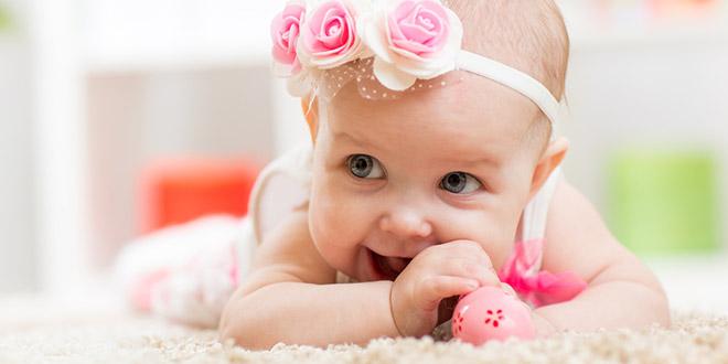 """أسماء الأطفال الرضع البنات العربية التي تبدأ بحرف """"خ"""""""