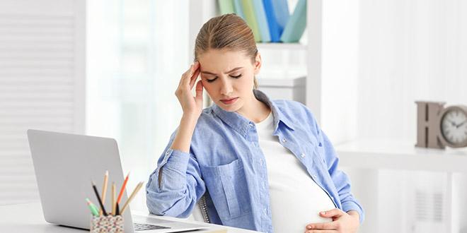 التوتر أثناء الحمل وآثاره عليك وعلى طفلك