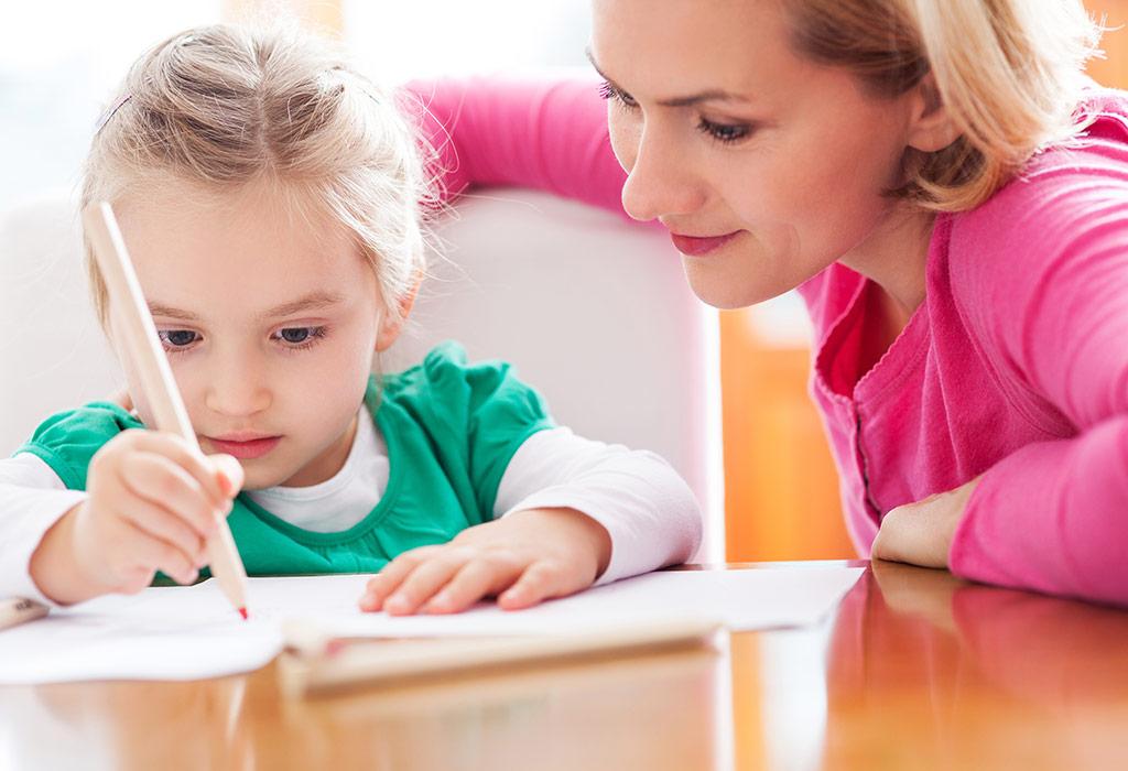 كيف تُعلم الطفل الكتابة