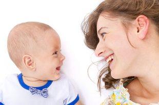 استخدام لغة الإشارة مع الطفل - طريقة للتواصل مع طفلك الرضيع