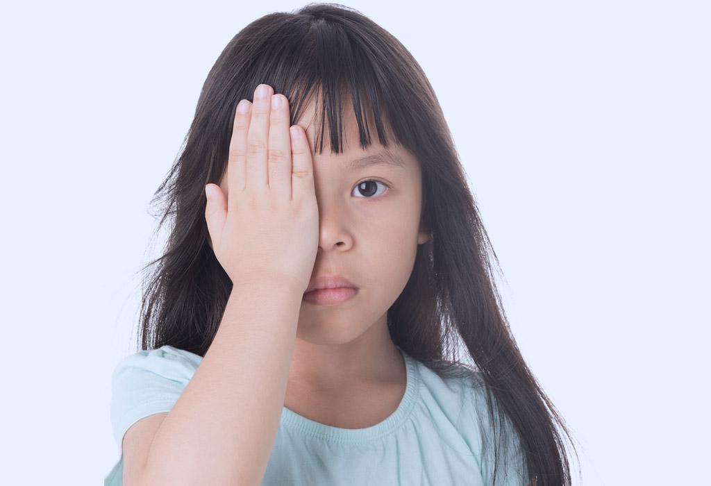 كيفية إختبار الغمش لدى طفلك